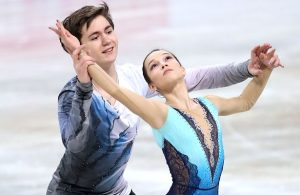 Daria Pavliuchenko and Denis Khodykin